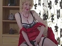 Hi there boys, wind up you enjoy observing mature ladies from Europe that have no problem in showing how much fun they can have with boys? Well then stay with me coupled with enjoy how i reveal my congress coupled with what a I floosie I am. This pussy de