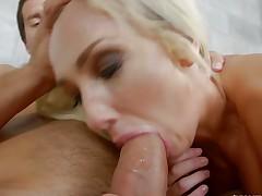 Fucking the hot minge of blonde MILF Olivia Fox