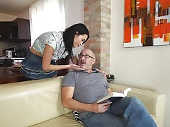 Older man gets lucky with sexy brunette