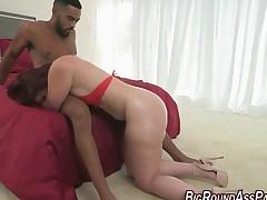 Plump butt slut rides bbc
