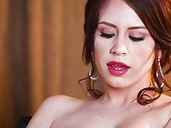 Delilah Blue fingering her wet lewd pussyhole