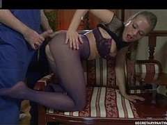 Pretty hottie in crotchless purple tights adored with the addition of drilled by a handyman