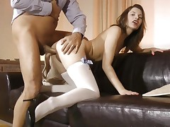 English milf cumswapping with tiny babe