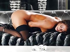 Eva Lovia massages her eager clit till that babe cums
