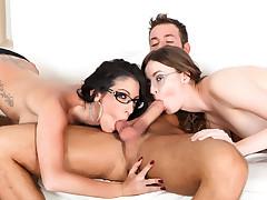 Dava's Hard 3some
