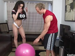 Sexy Amy Anderssen copulates her personal trainer
