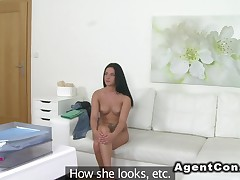 Naked blue eyed beauty bangs in casting
