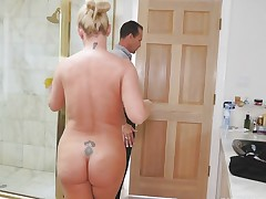 Hot golden-haired Blair Williams fucked in the shower