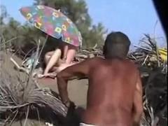 Voyeur Beach Blowjob