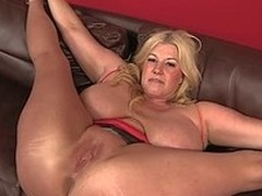 Bog breasted BBW blonde Zoey Andrews gets will not hear of pussy and asshole ruptured damper she spreads will not hear of legs wide on the sofa. Man fucks will not hear of loose pussy balls abysm damper ass licking.