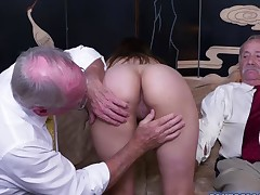 Gorgeous babe Ivy Rose strips and got screwed hard